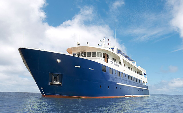 Blue Manta Explorer - Liveaboard in Indonesia