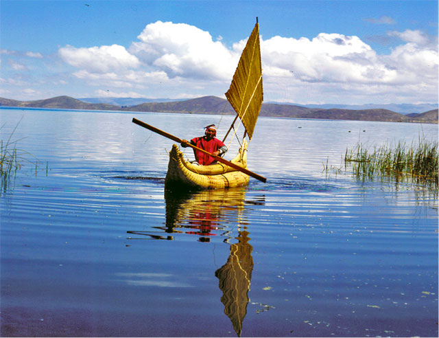 Kayaking and sailing adventures on Lake Titicaca - Peru Tour Packages - Dive Discovery