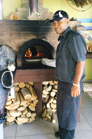 pizza oven - Aroha Taveuni Resort - Fiji Dive Resorts