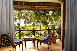 Bluebay Beach Resort and Spa - Zanzibar Dive Resorts - Dive Discovery Tanzania