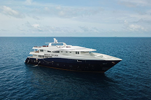 MV Emperor Explorer - Maldives Liveaboards - Dive Discovery Maldives