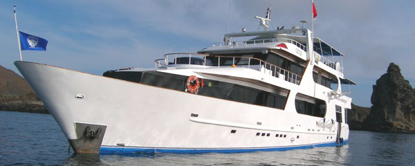Galapagos Aggressor I & II - Galapagos Liveaboards - Dive Discovery Galapagos