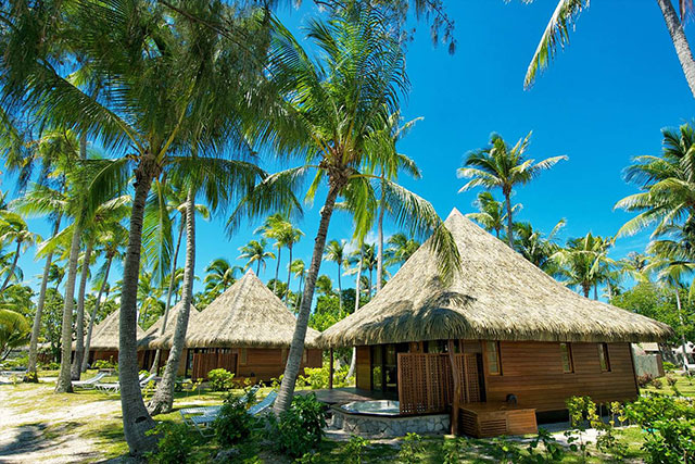 Beach Bungalows - Hotel Kia Ora Resort and Spa - Tahiti Dive Resorts  - Dive Discovery Tahiti