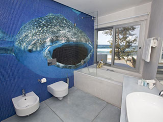 Bathroom - Hotel Tofo Mar - Inhambane, in Mozambique