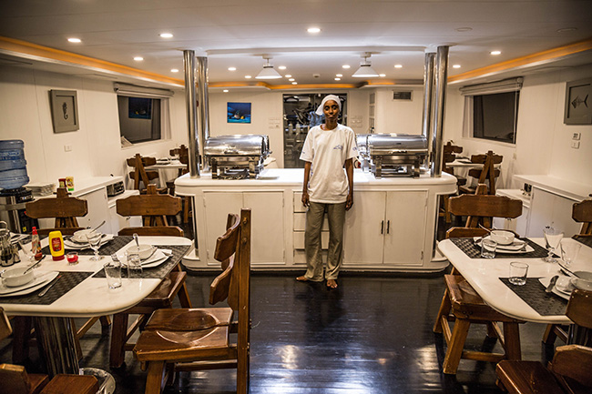 Restaurant - M/Y Lucy - Djibouti Live Aboard
