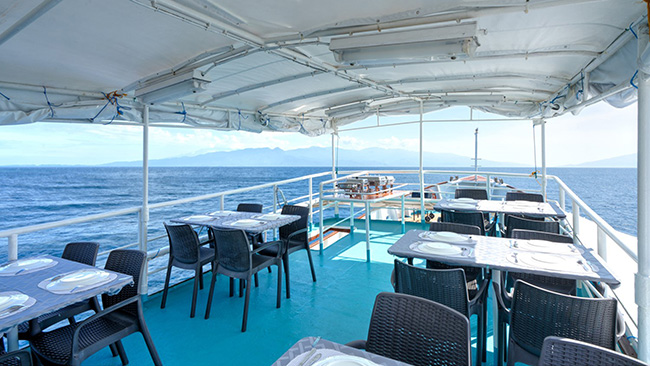 Dining area - M/Y Resolute - Philippines Liveaboard