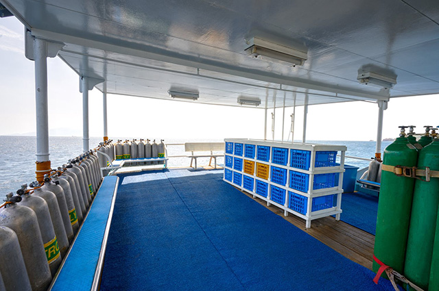 Dive deck - M/Y Resolute - Philippines Liveaboard