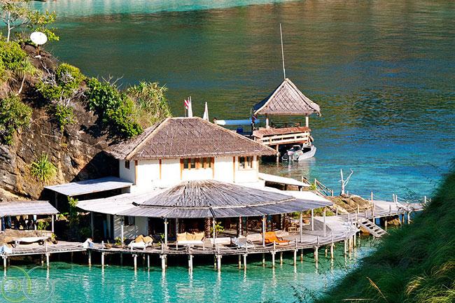 Misool indonesia dive resorts dive discovery indonesia - Dive resort raja ampat ...