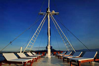 S/Y Philippine Siren - Philippines Liveaboards - Dive Discovery Philippines