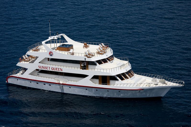 MV Sunset Queen - Maldives Liveaboards - Dive Discovery Maldives