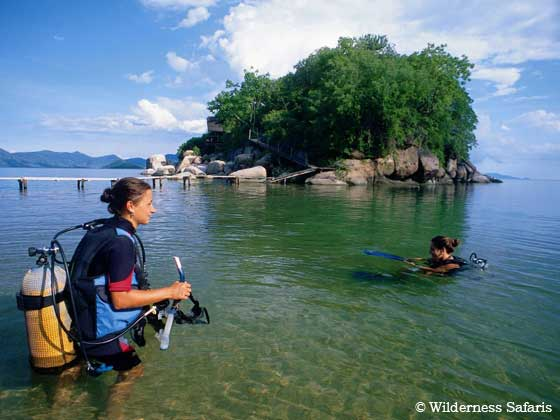 Diving in Lake Malawi - Malawi Diving - Dive Discovery Africa